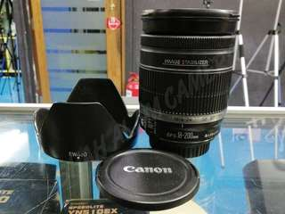 USED CANON EF-S 18-200MM F3.5-5.6 IS LENS.