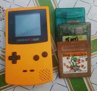NINTENDO GAMEBOY COLOR BUNDLE