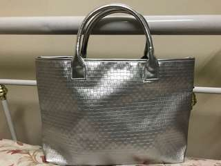Clinique Silver Tote with weave pattern