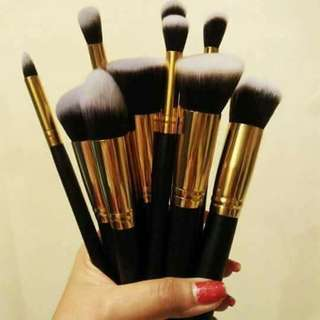 Kabuki Make Up Brush Set💛
