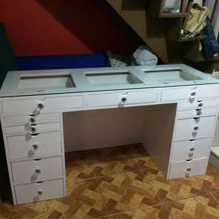 Rush Sale! Vanity table 50% off