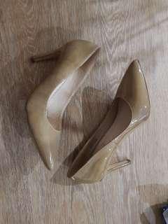 Siren nude patent heels