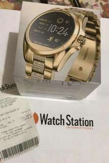 On hand smartwatch pm me