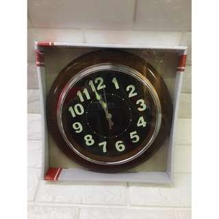"Luminous clock (11.5""size)"