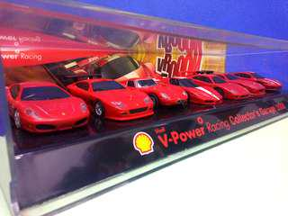 @Collectable SHELL V-POWER Racing Collector's Garage 2008