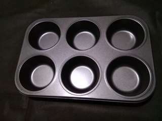 Brand New Cupcakes tray 3.5 inch each