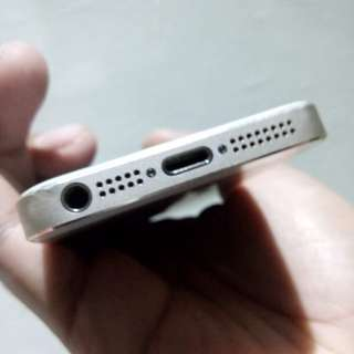 Iphone 5s (globel locked) RUSH!