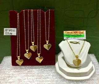 Necklace heart pendant