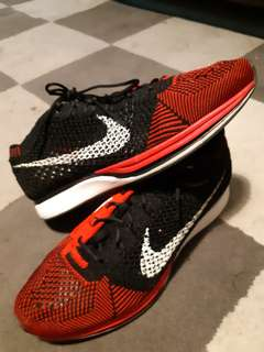 Nike Flyknit Racer (Red & Black)