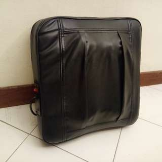 REDFRUIT Cushion Massager (RF02B-52-1)