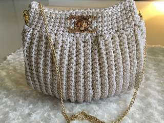 Crochet bag channel design
