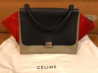 Celine Trapeze M Size