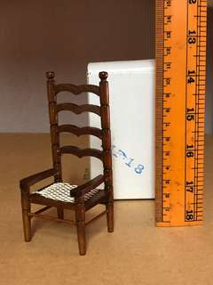 Miniature wood big chair