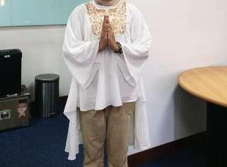 Tunik muslim putih