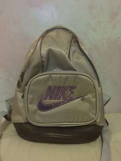 Sporty bag color lavender