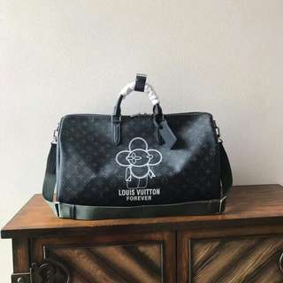 Louis Vuitton Keepal