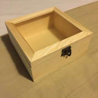 Small wooden gift box with glass (25 units)
