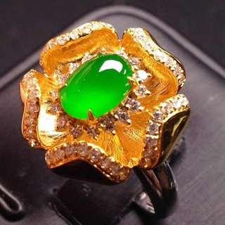 GZ-36批發價[色]: ¥38800 【女戒指,冰正陽綠】 色澤鮮豔,水潤細膩,冰透冰綠,高貴大方,完美,18K金奢華鑽石鑲嵌