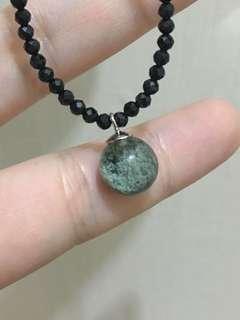 綠幽靈水晶吊墜+黑尖晶石頸鏈