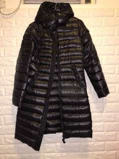 Moncler 女裝長羽絨外套(買左新褸 無位放 平賣)