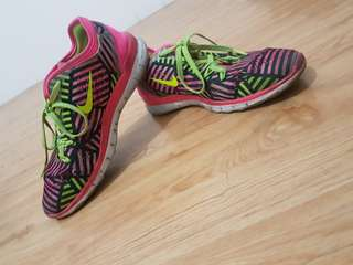 NIKE FREE TR Fit 5.0 Running / Training Shoes