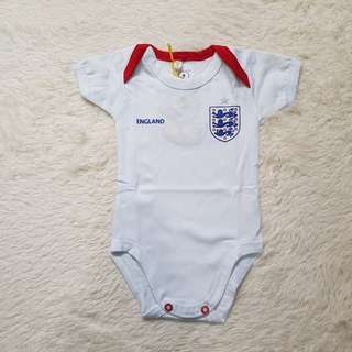 🚚 England Home Romper