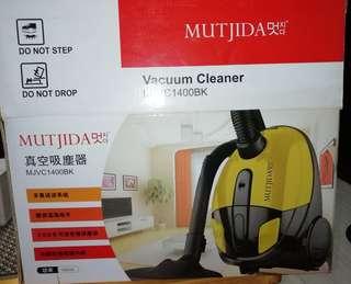 !!包郵!! Mutjida真空吸塵器 MJVC1400BK