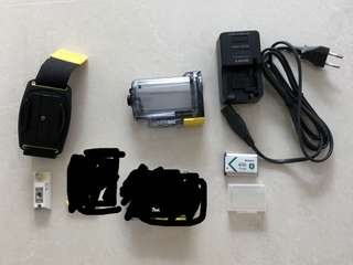 Sony action camera battery / accessories