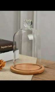 glass dome with heart tip