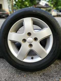 Original 14 inch sports rim myvi tyre 70%