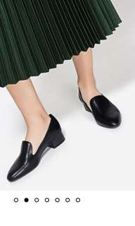 🔥CHARLES AND KEITH INSTOCK🔥 Heeled Loafers