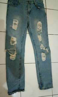 Ripped jeans import. Sale!!! Sale!!!