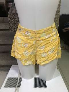 Billabong cotton shorts LIKE NEW