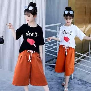 💥中大童裝-預購H038美《夏季韓版女童 字母上衣+七分褲套裝》棒冰套裝