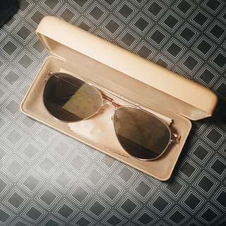 Sunnies studios aviator