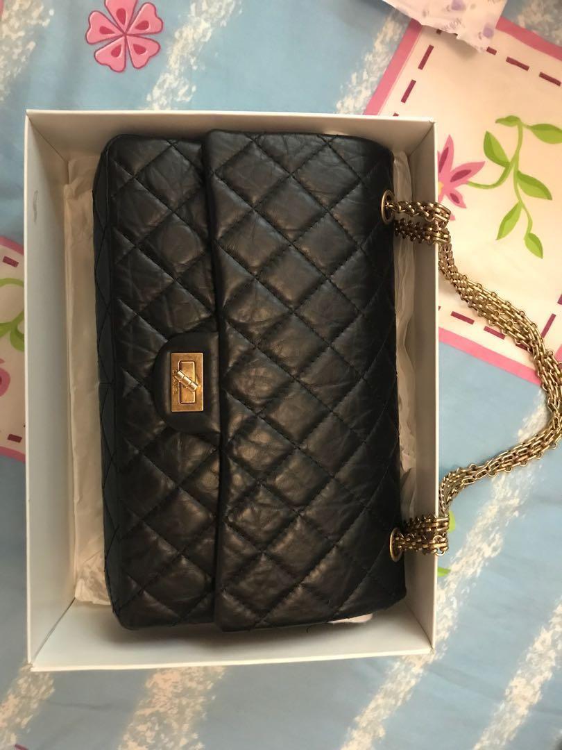 b65ac85697e2 Authentic chanel 226 medium GHW reissue, Women's Fashion, Bags ...