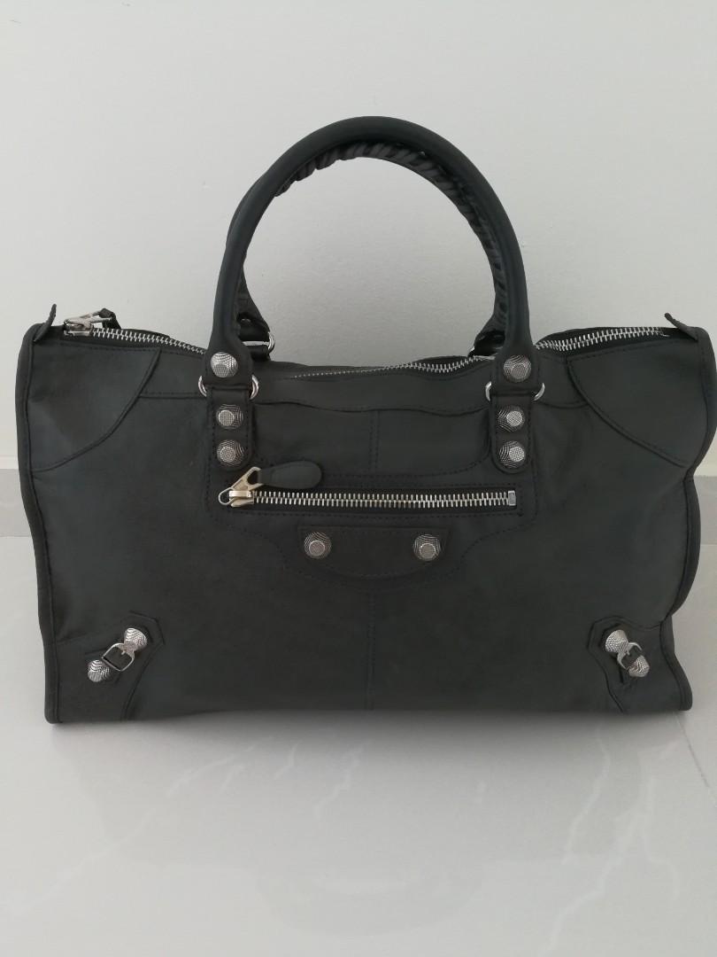 b56059f757b Balenciaga Bag, Women's Fashion, Bags & Wallets, Handbags on Carousell
