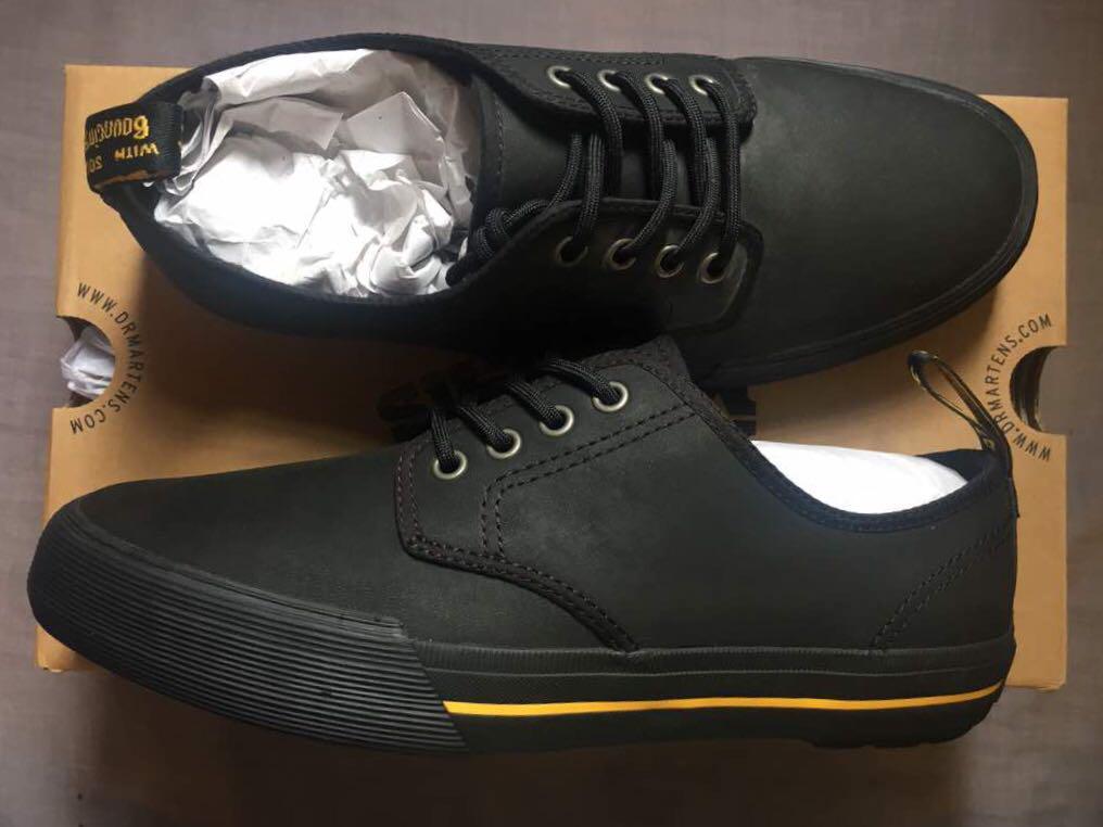 dr martens pressler leather black