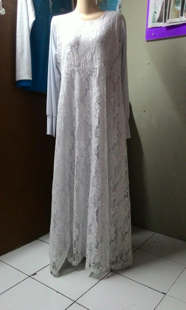 Gamis Brokat Putih Fesyen Wanita Pakaian Wanita Gaun Rok Di Carousell
