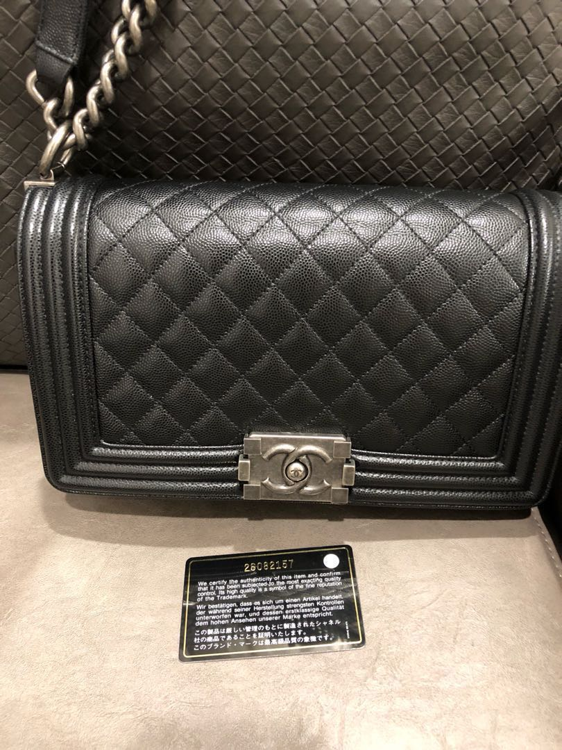 79fd242270c0 Like new full set Chanel boy in medium size for sale! Series 26 ! Nett price!  , Luxury, Bags & Wallets, Handbags on Carousell