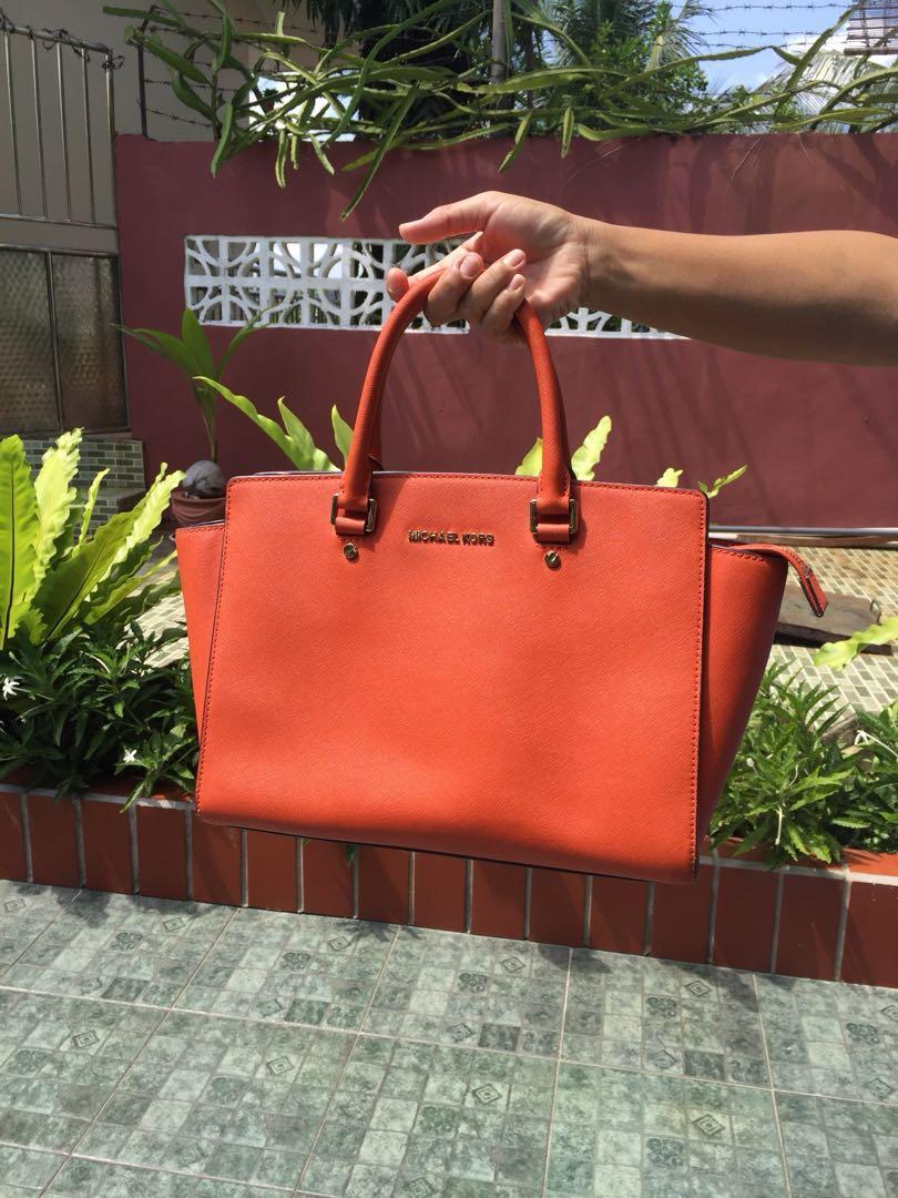 michael kors large selma orange luxury bags wallets on carousell rh id carousell com
