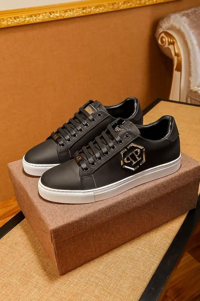 54f65a48f2 Philipp Plein Shoe, Men's Fashion, Footwear, Sneakers on Carousell