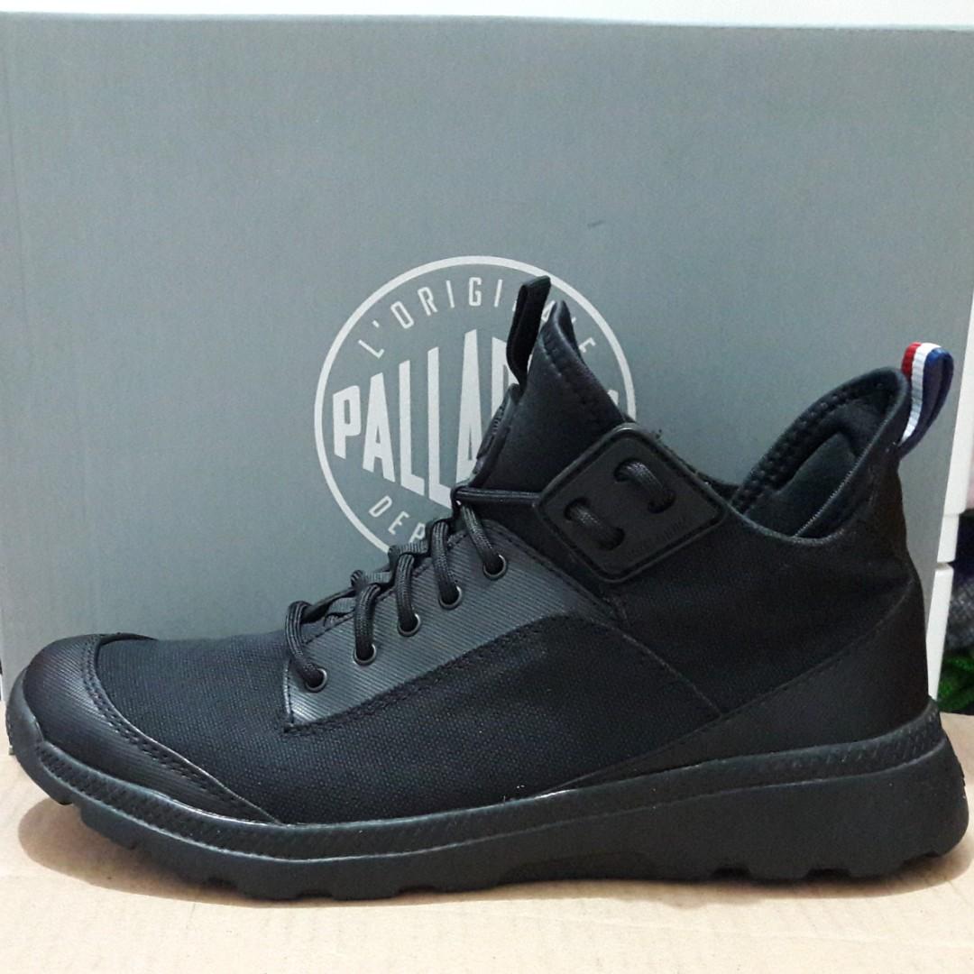 Sepatu Boots Palladium Desvilles all Black original size 40 ffe4dd8759