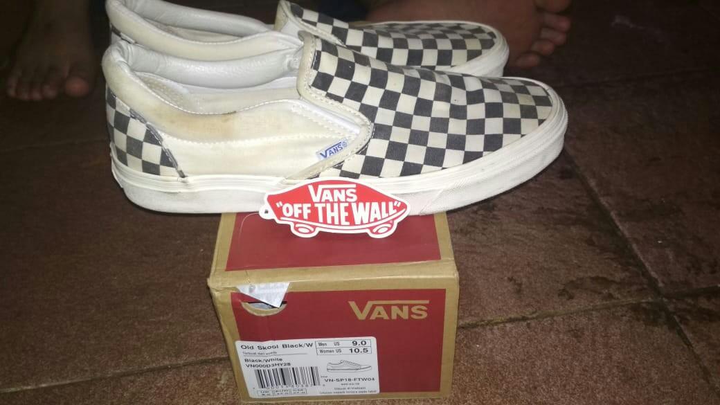 e302789246 Sepatu checkerboard slip on OG (premium)