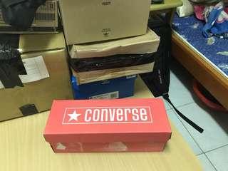 🚚 Converse 帆布鞋