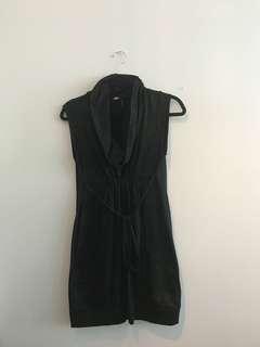 Guess dress size M