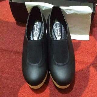 Reprice!!! Adorable Shoes