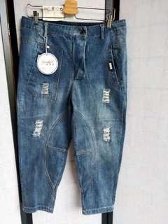 時尚酷酷造型牛仔褲