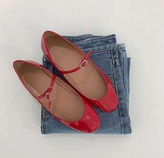 🚚 Room four 小紅鞋(附鞋盒)