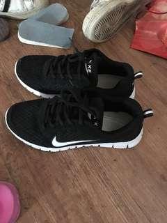 🚚 Nike鞋子